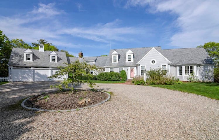 Spindrift Hill on Cape Cod:  3,500 sq ft of luxury