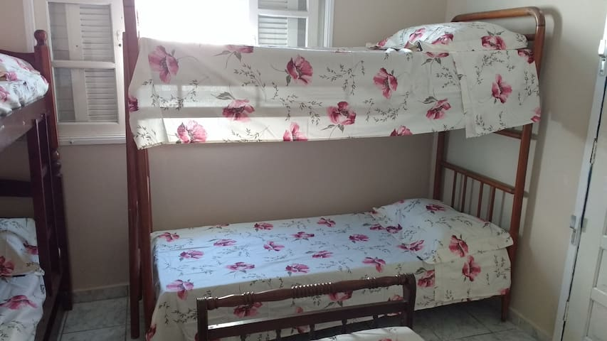 Suite  Compartilhada com 4 ou 5 camas