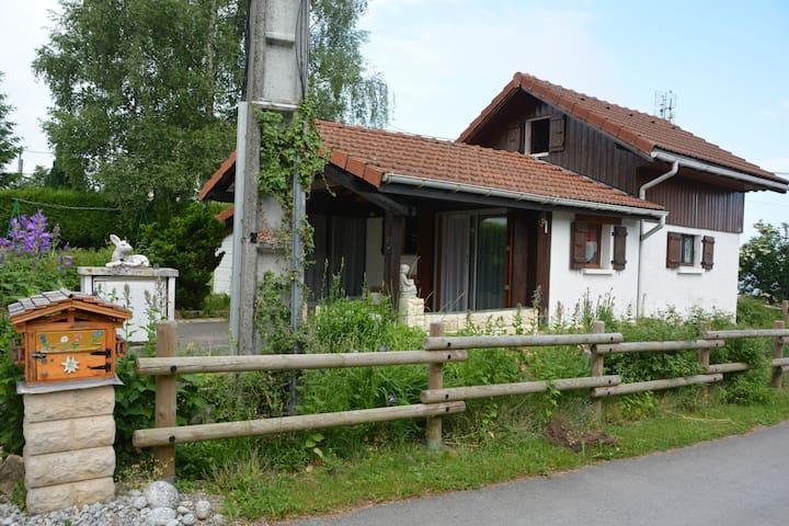 maison entre lac et montagne bernex thollon évian - Saint-Paul-en-Chablais - House