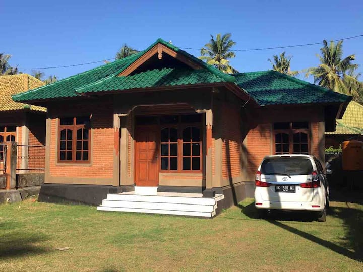 Bali Beach bungalow room 2 with airco