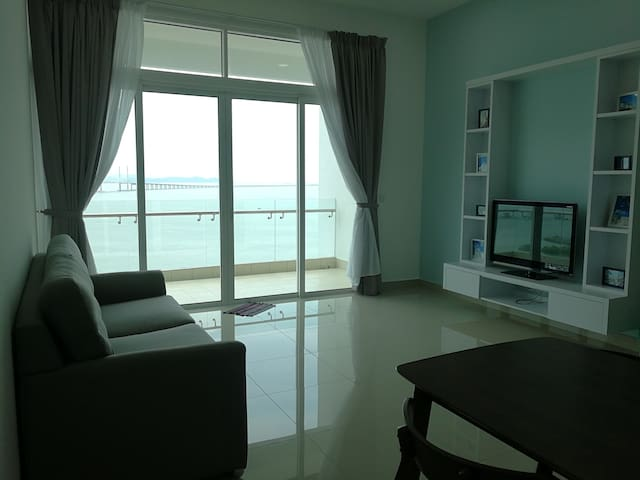 Seaview Family Room Near Penang Airport