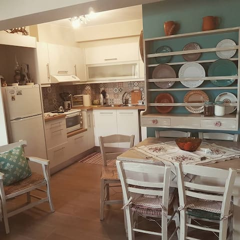Tsiboulas Cretan Cottage