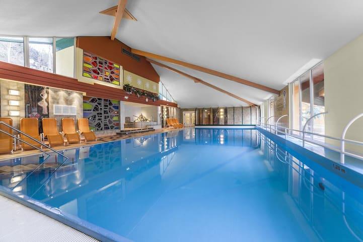 Appartement avec piscine, idéal pour le ski