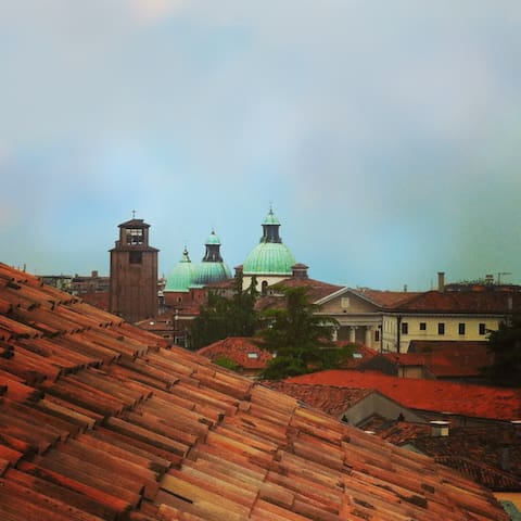 On the rooftops of Treviso! (city centre)