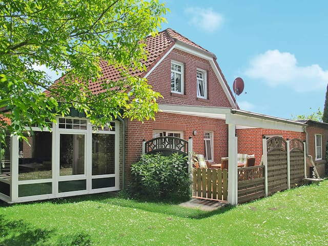 Holiday home in Ditzum