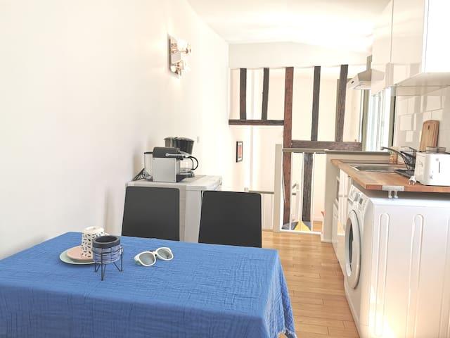 【CHEZ TOI NO.6】35M2 Duplex apartment in Les HALLES