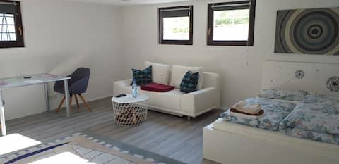 Apartment in ruhiger Feldrandlage, aber zentral