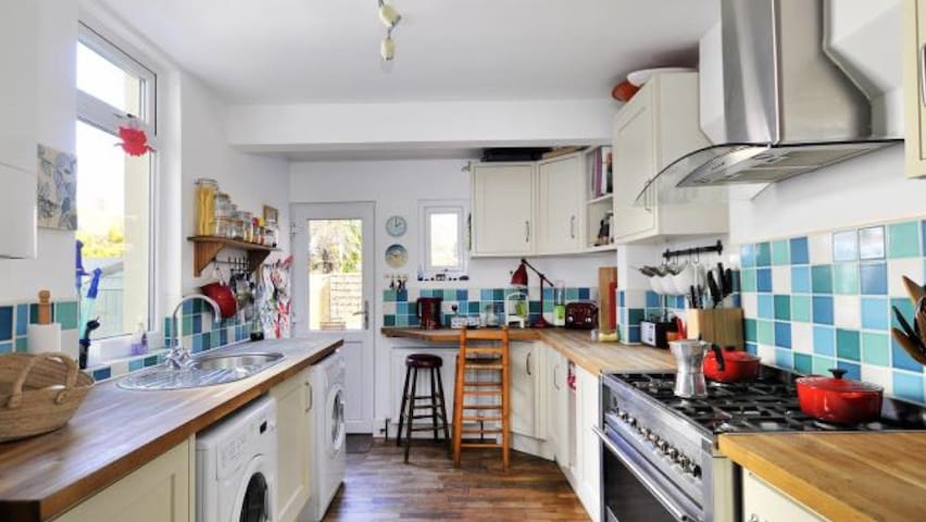 2 bed Family House close to sea - Worthing - Rumah