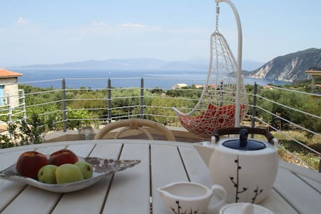 Ionian Breeze- house with great sea view - Platrithias - Vila