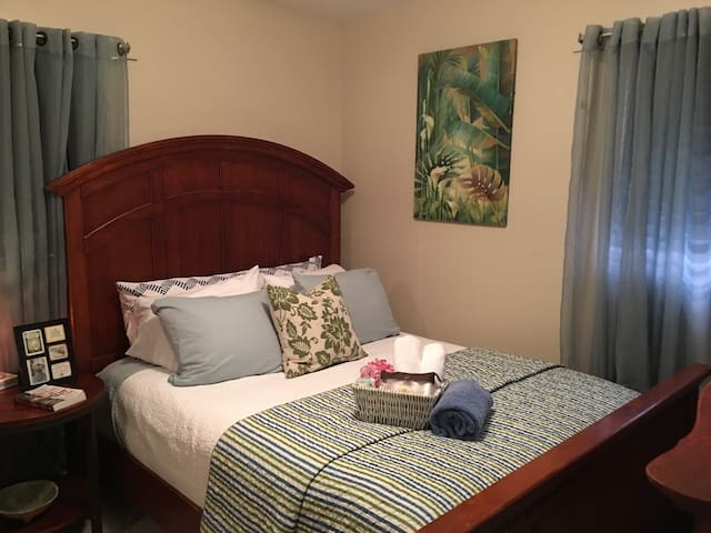 ROOM to Rent, CLOSE to Attracttions - Lake Wales
