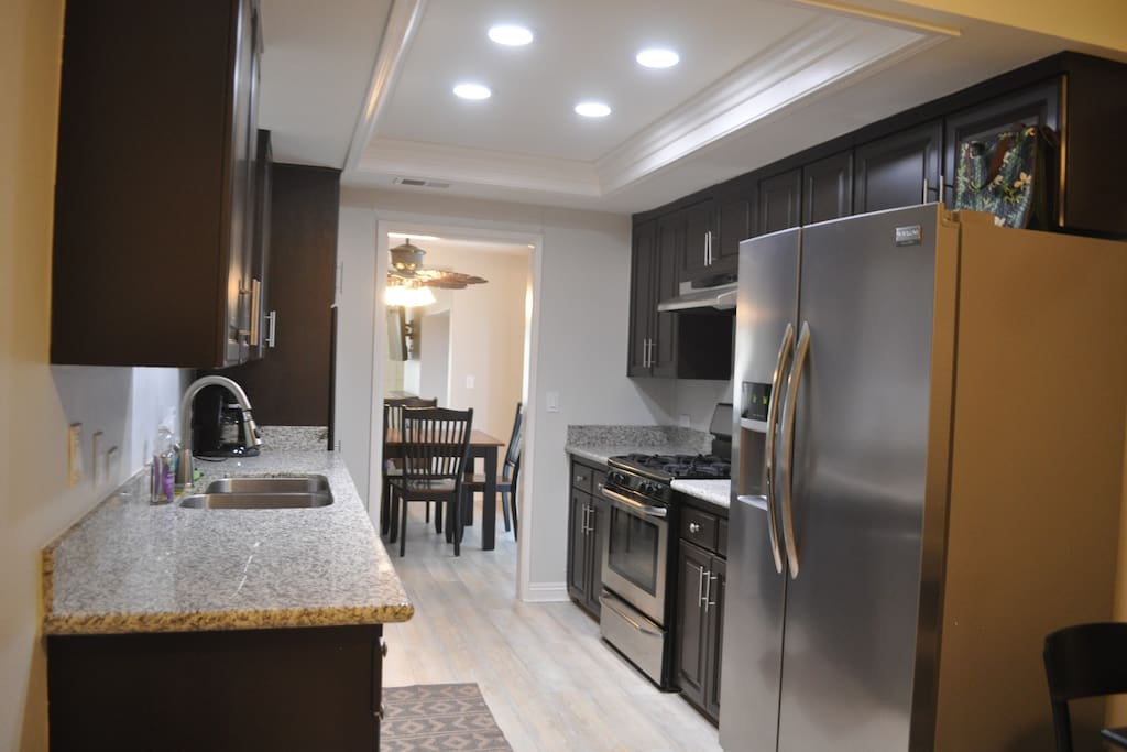 Full Kitchen including stainless steel appliances