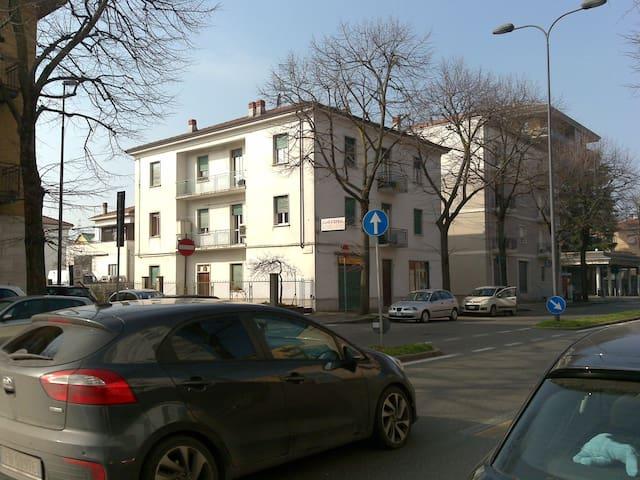 APPARTAMENTO SILENZIOSO ZONA CLINICA PIACENZA - Piacenza - Appartement