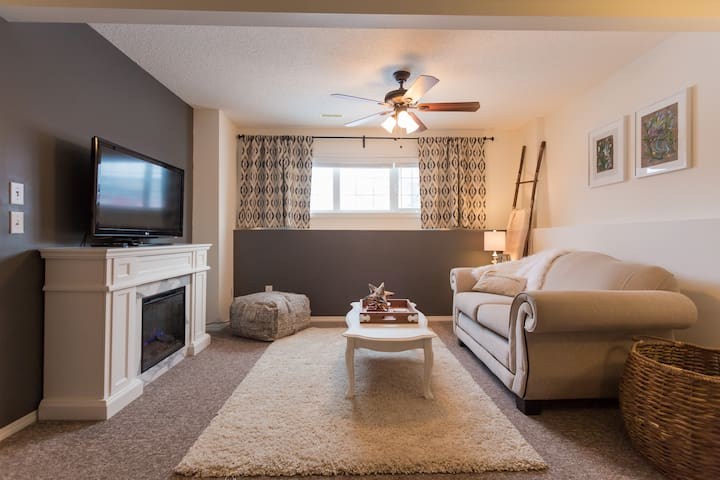 Peaceful Place Guest Suite  (Copperfield)