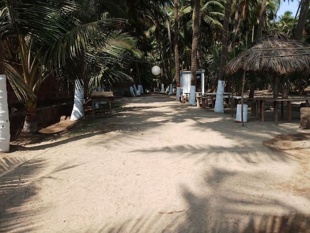 Beach side stay for family & groups