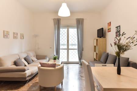Cozy flat in rome