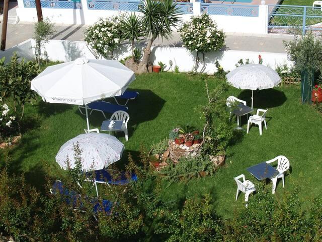 Joanna Apartments  - Agia pelagia