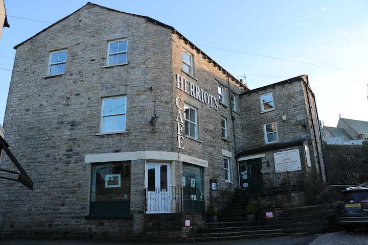 Herriot's in Hawes 4 * Bed and Breakfast double R6