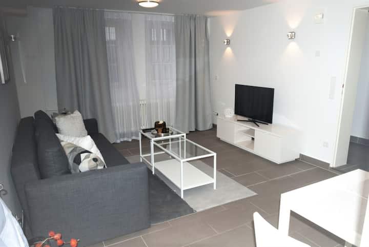 Gemütliche 2-Zimmer-Whg. Souterrain-Nähe Frankfurt