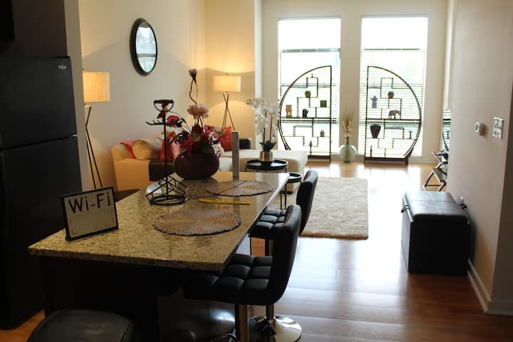 Cultural-Luxury Living (in Uptown Charlotte)