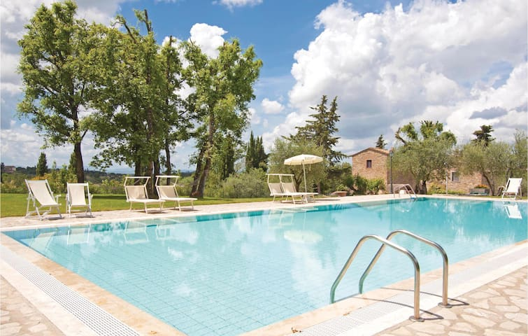 Holiday apartment with 1 bedroom on 42 m² in San Donato in P. FI