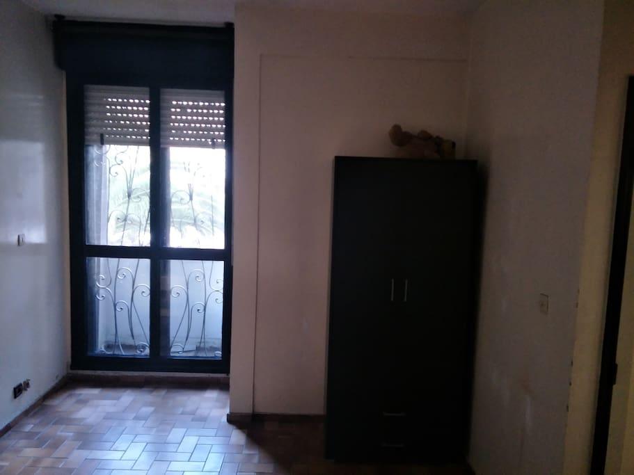 Placard et balcon 2ème chambre