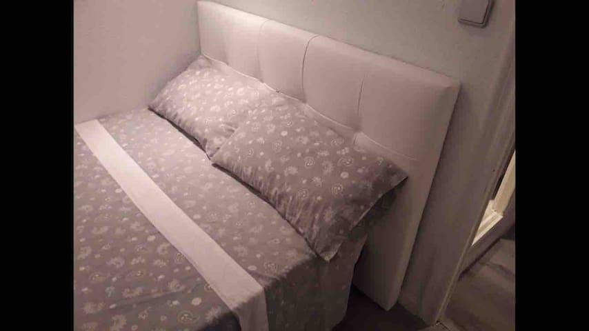 Alzira/valencia:Chambre dans Appartement + wifi
