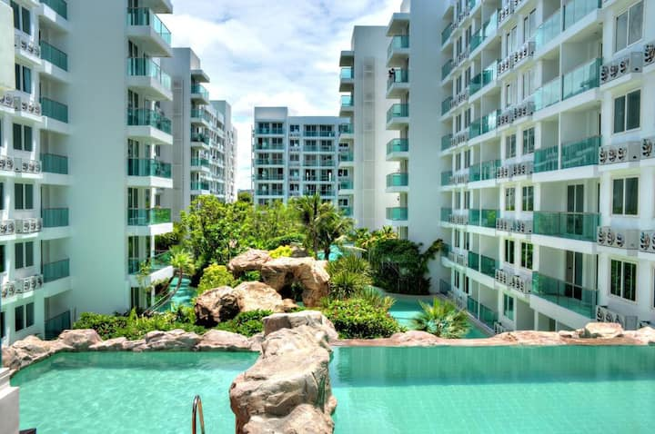 Cozy apartment only 800 meters from Jomtien Beach!