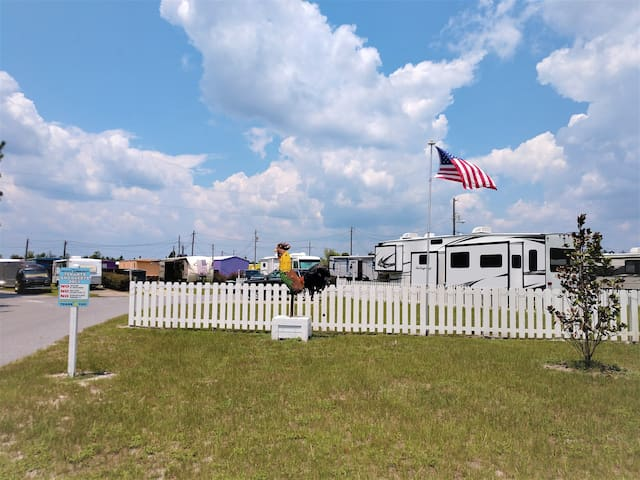 large LONG TERM RV space (30x70)!