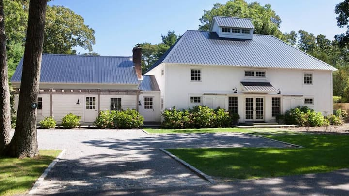 New Listing: Modern Beach Cottage Meets Barn Charm, 4,000' Crisp Farmhouse Design & Expansive Pool