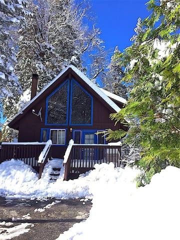 Tao cabin #2, Two Miles to Ski - Running Springs