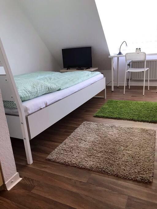 modernes apartment unin he g 1km zum campus wohnungen zur miete in g ttingen nds. Black Bedroom Furniture Sets. Home Design Ideas
