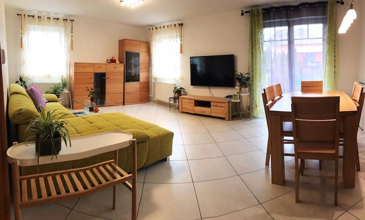 Fabulous 90m2 apartment 10 min from airport