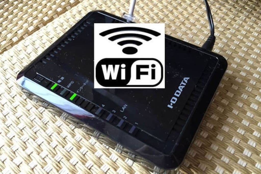 無料の固定Wi-Fi LANケーブル接続も可能