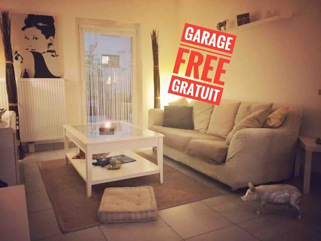 Quiet center 2P+ terrace + garage