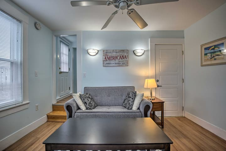NEW! Cozy Hampton Apartment - Walk to Beach & Eats