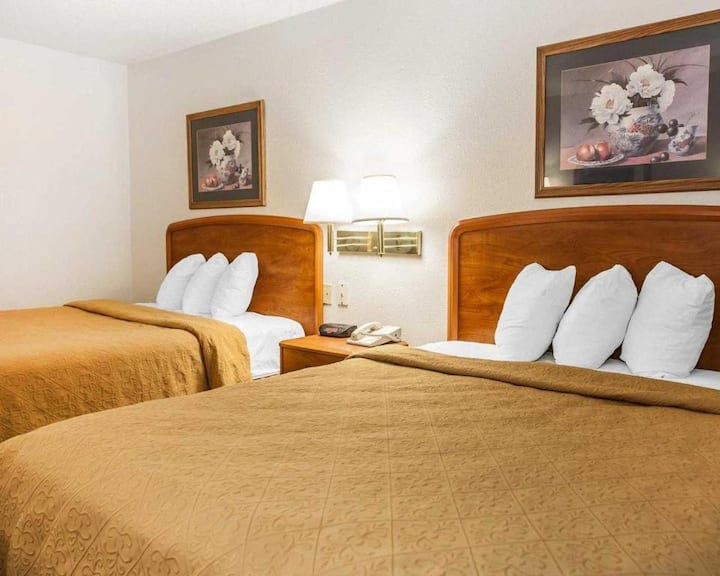 Awesome Double Two Double Beds Non Smoking At Good Location