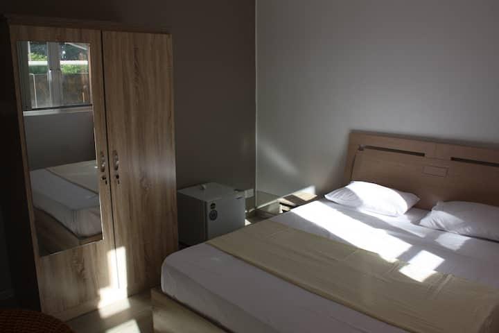 Chambre double proche de la plage de Grand Baie