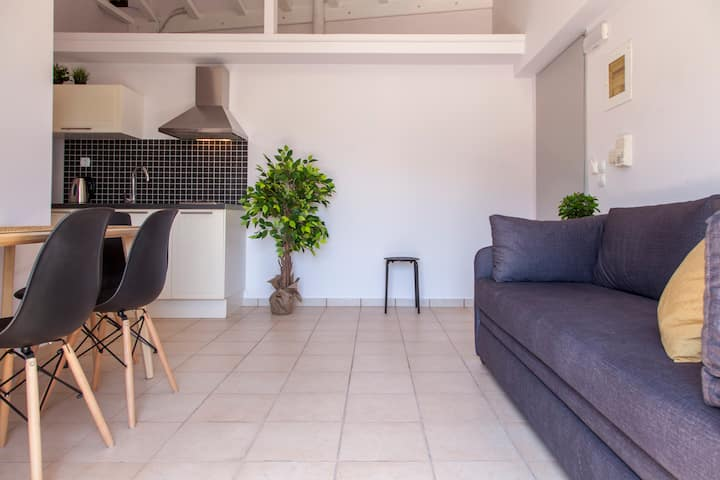 Lovely Apartment  In Vasiliki, Lefkada