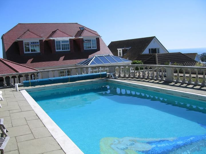 Self-contained, Boutique room - Sea View - pool