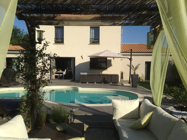 Suite parentale dans maison piscine proche Angers - Chemillé-Melay - Hus
