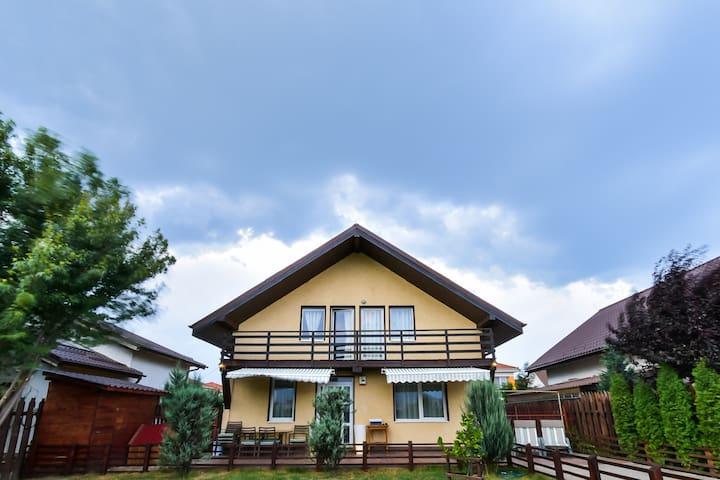 """Villa """"Keiko Residence'' - Brașov - Villa"""