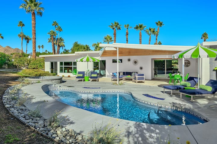 1955 Luxe Mid-Mod Pool Home-Magnesia Falls Cove