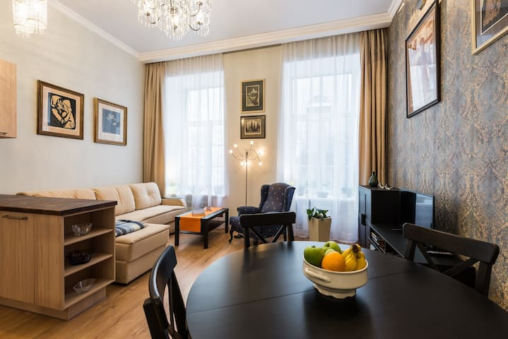 Apartment near Kazan Cathedral