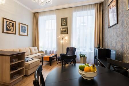 Apartment near Kazan Cathedral