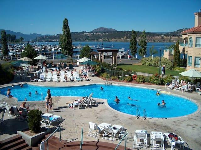 Luxurious Lakeside Delta Grand Okanagan Resort