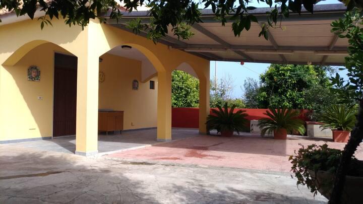 Casa vacanze in villetta C.da Chiusa di Carlo