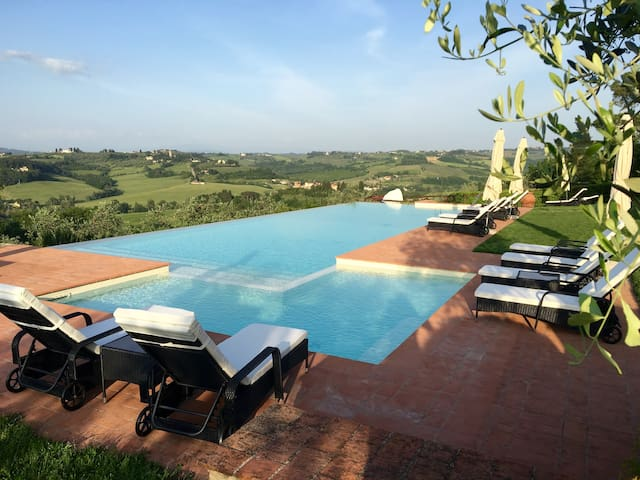 Sunset Tuscan Charm Pool Agriturismo Bio Wine - Montespertoli - Bed & Breakfast