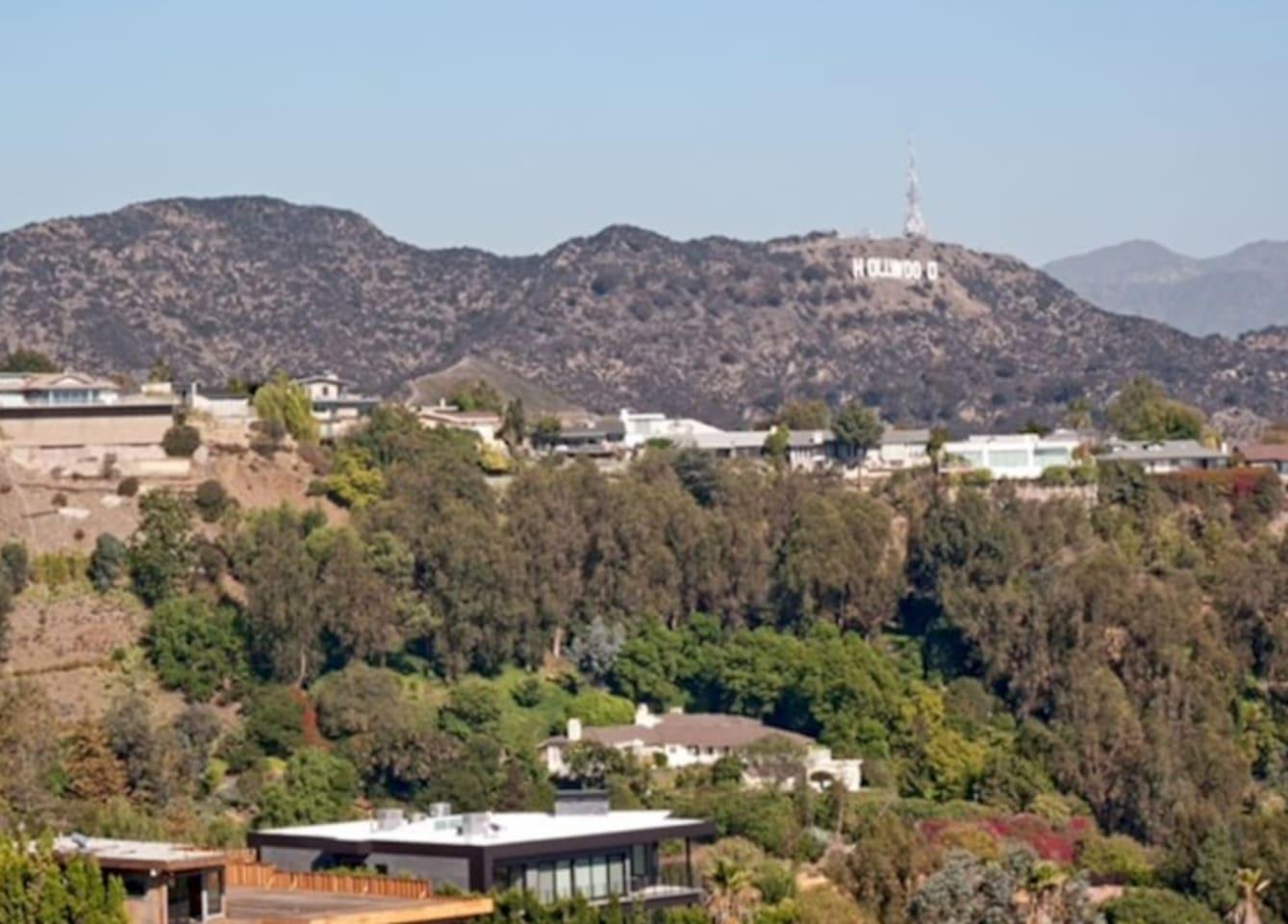 Close to Runyon Canyon / Hollywood Hills / Hollywood Blvd 10-15 min to this