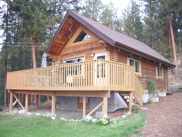 Okanagan cabin retreat & private lakeview property - Lake Country - House