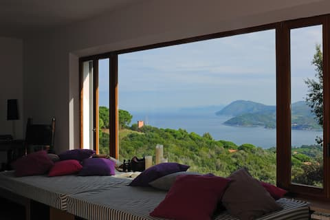 Beletage with stunning sea view terraces & pool